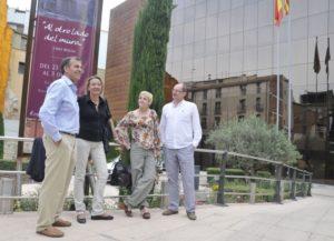 Los socialistas junto a Espido Freire y Fernado Marías. Foto S.E.