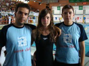 Katia Hidalgo junto a los preparadores de Airon Club. Foto S.E.