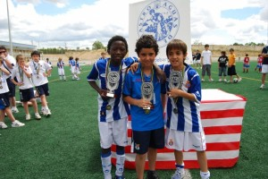 Los mejores jugadores del torneo. Foto JLP.