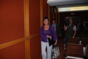 Noeno a su llegada al Hospital de Barbastro. Foto JLP.