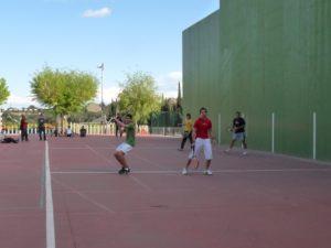 Partido disputado en Peraltilla. Foto Olga Olivé