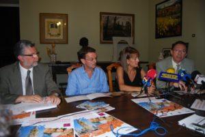 Presentación del curso de verano en el Ayuntamiento. Foto JLP.