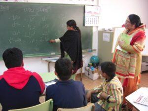 Inmigrantes en una clase de castellano. Foto S.E.