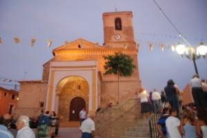 Iluminación de la iglesia de Salas Bajas. Foto JLP.