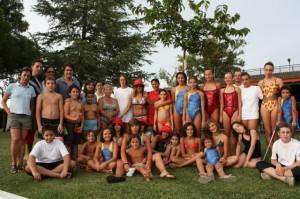 Grupo de nadadores. Foto Noemí Labara.