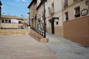 La plaza cuenta con nueva iluminación. Foto JLP.