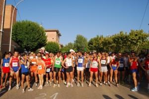 Los corredores antes de tomar la salida. Foto JLP.