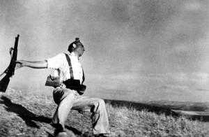 """El Miliciano"". Foto: Robert Capa."