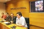 El alcalde de Alquézar durante la presentación de la prueba. Foto DPH.