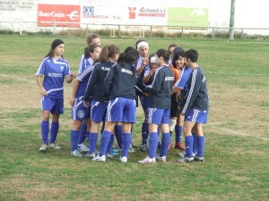 Las jugadoras haciendo Piña. Foto S.E.