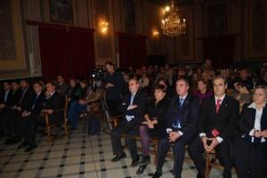 El Salón de Plenos se llenó para el homenaje. Foto JLP.