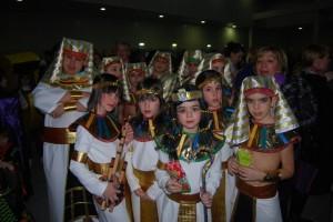 Un grupo de faraones del barrio San Fermín. Foto JLP.