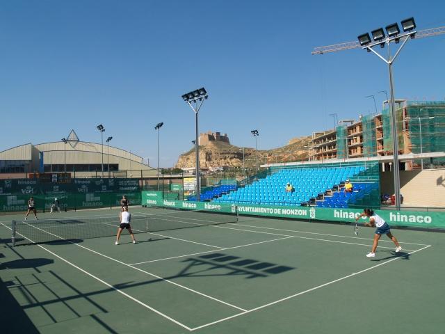 El cuadro del viii torneo de tenis conchita mart nez de for Piscinas de monzon