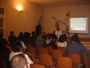Presentación proyecto por Carmen Martínez y Mar Carrasco.