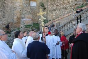 El beso de las cruces de El Pueyo, Berbegal y Barbastro. JLP.
