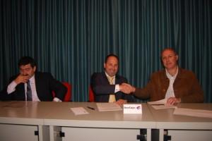 Acuerdo entre Ibercaja y la asociación de alzheimer de Monzón. JLP.