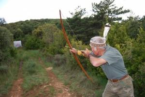 Un cazador trata de hacer diana. JLP.