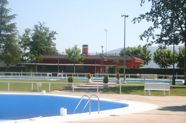 Las piscinas de la sma de barbastro se abren este s bado 12 for Piscinas de monzon