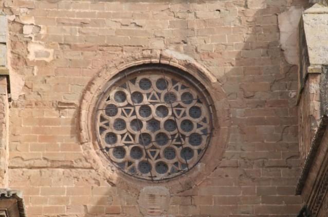 El rosetón de la Catedral de Barbastro.