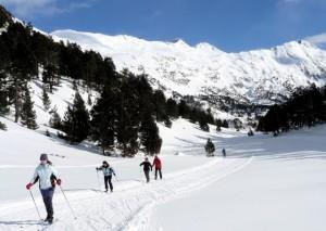 Travesía de esquí nórdico por los Llanos del Hospital. Anabel Doz.