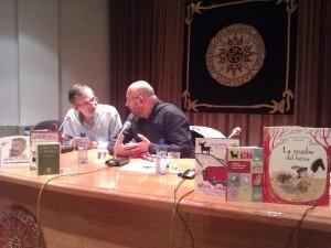 José Antonio Adell conversa con Antón Castro. JLP.