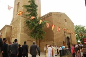 La procesión llegando al templo. JLP.