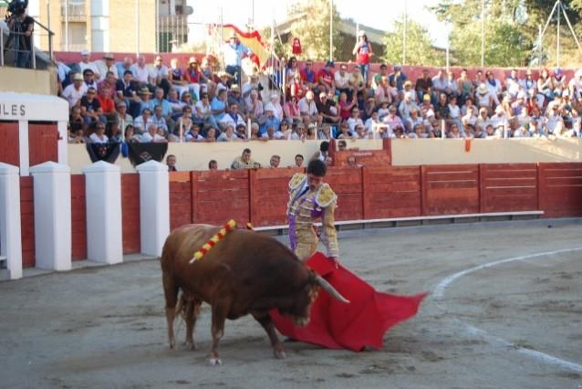 Tres empresas se interesan por la corrida de toros del d a - Contactos en barbastro ...
