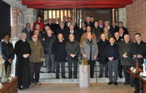 Los sacerdotes en Torreciudad.