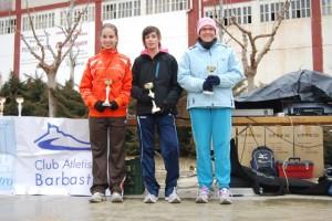 Las tres primeras corredoras. JLP.