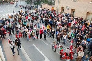 La manifestación terminó en el edificio de los sindicatos. JLP.