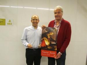 Torres con Puértolas, autor del cartel anunciador. JLP.