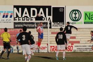 Barbastro y Monzón empataron (1-1) en la primera vuelta. Ángel Huguet.