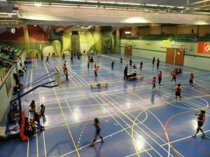 Partidos de voleibol en el Ángel Orús.