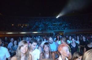 Alrededor de 2.000 personas disfrutaron del concierto de Luz. JLP.
