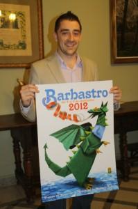 Iván Carpi presenta el programa de fiestas y el nuevo cartel. NBC.