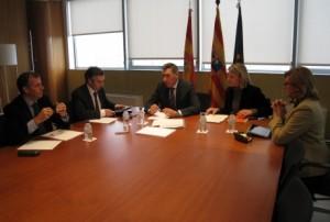 Reunión entre el consejero de Sanidad y presidentes de las diputaciones.