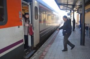 Llegada de un tren entre Lérida y Monzón. JLP.