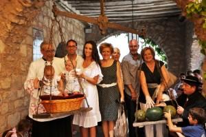 Familia Salinas Puertas en el santuario de Torreciudad.