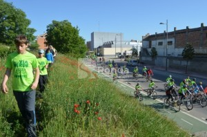A pie y en bici por la vía verde. JLP.