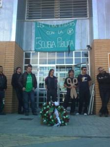 Funeral por la escuela pública en Monzón. Chusa Garcés.
