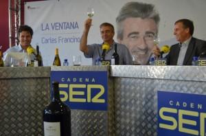 Torres, Francino y Cosculluela brindan con Viñas del Vero. JLP.
