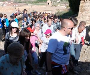 Público asistente al castillo de Monzón.