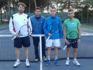 Tenis nov