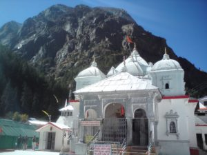 majestic-gangotri-temple-char-dham