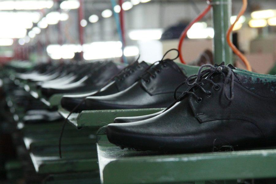 f76011fd El calzado es el elemento de vestir más importante que nos ponemos a  diario, pues son las protecciones que colocamos en nuestros pies, los  cuales son los ...