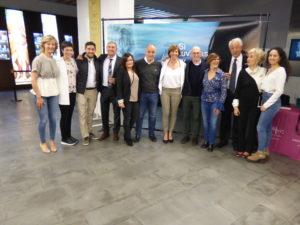 Leonor con su familia, amigos y miembros del grupo Gráficas Editores