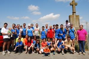 Foto de familia de los atletas participantes.
