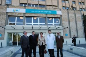 La consejera Noeno en una visita al Hospital de Barbastro. Foto JLP.