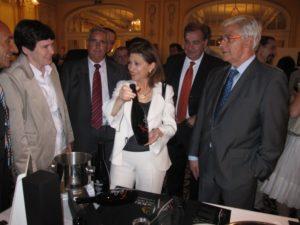 La ministra Espinosa con el consejero Arguilé. Foto S.E.