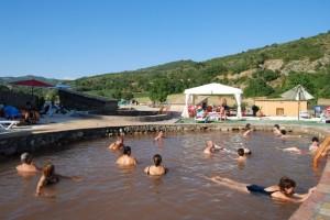 El Salinar de Rolda de Naval, baños relajantes y terapéuticos en el Somontano